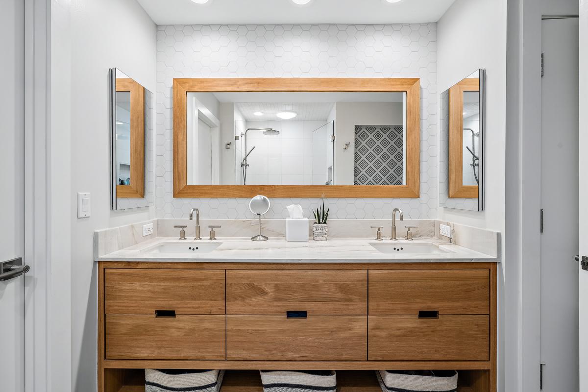 Transitional-Bathroom-9-20.1