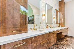 Contemporary-Bathroom-8-19