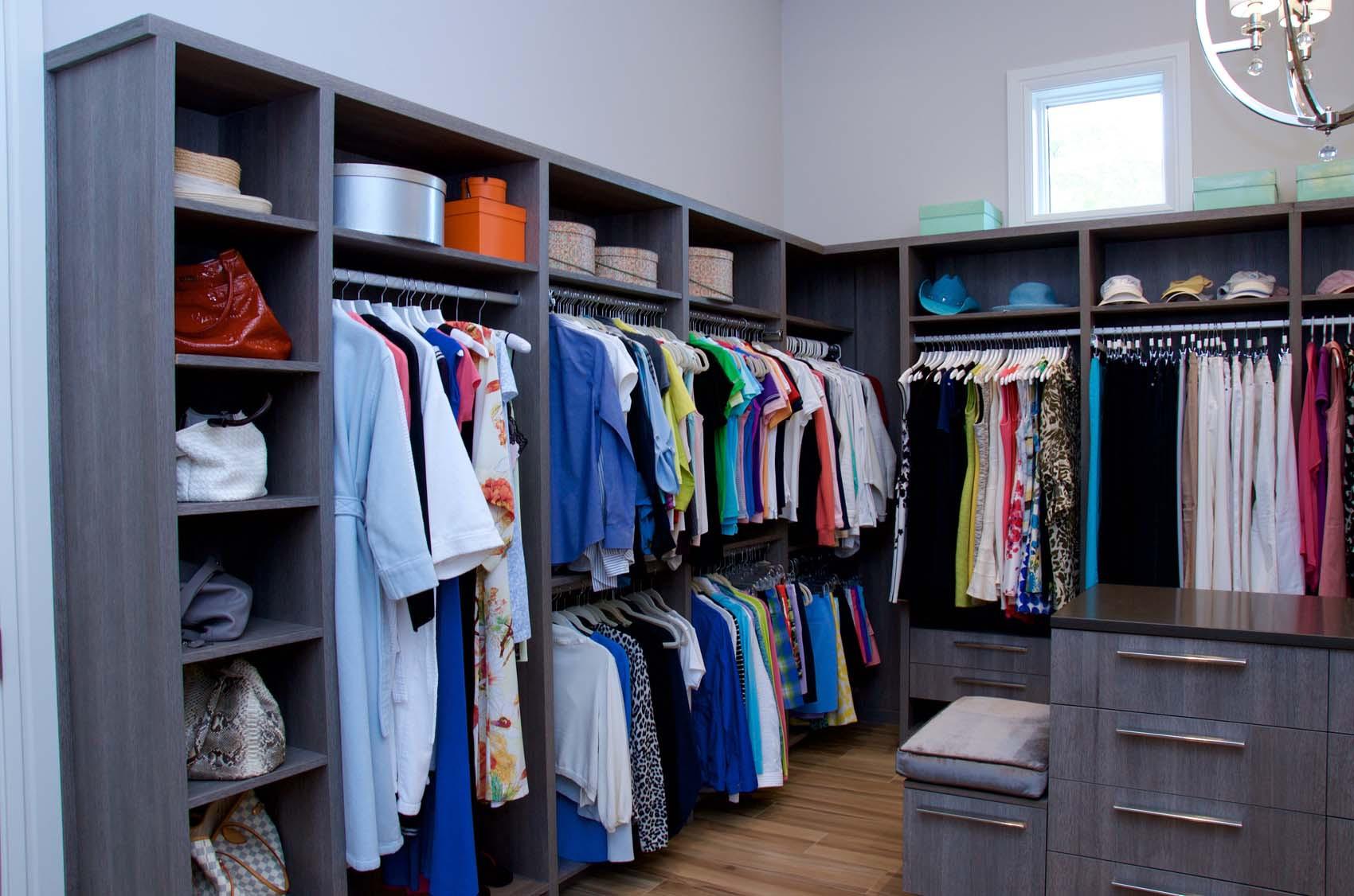DSC_9452custom-closets