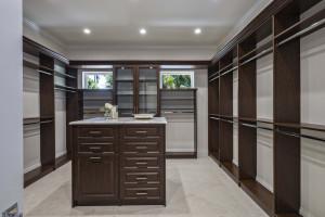 10custom-cabinetry