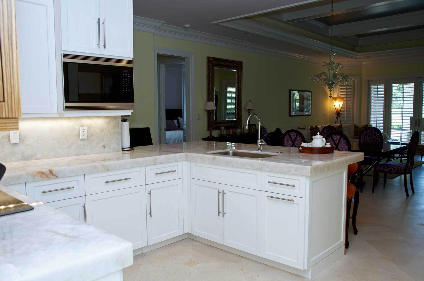 DSC_9806-transitional-kitchen-cabinetry