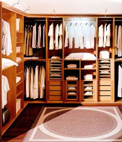 View Closets Photo Gallery