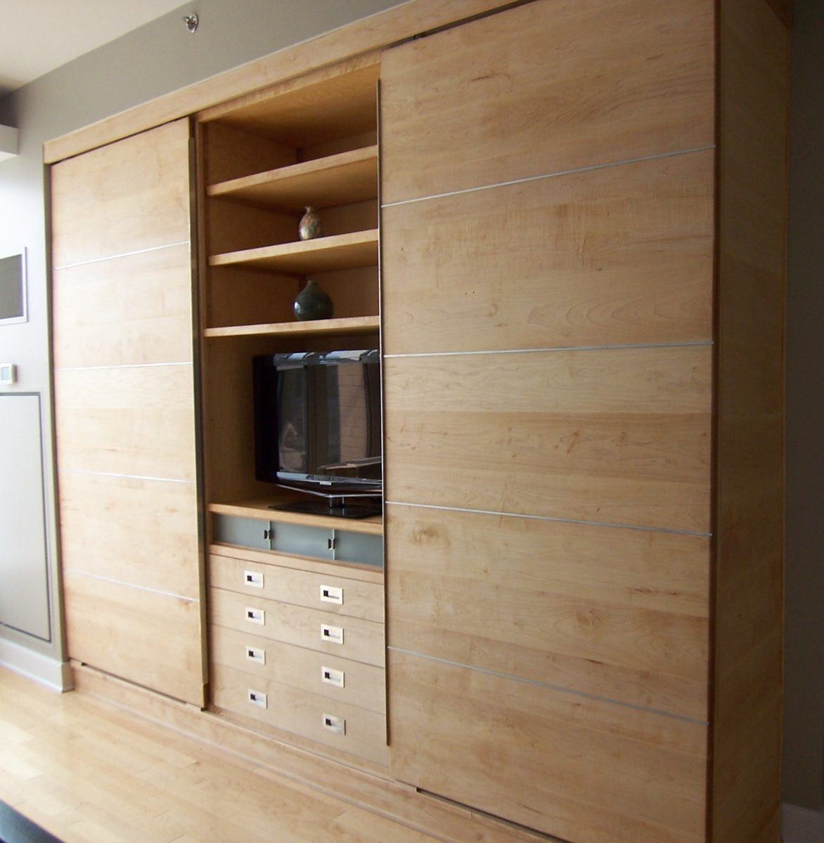 wall-storage-units-bedroom-design - Schrapper\'s Fine Cabinetry and ...