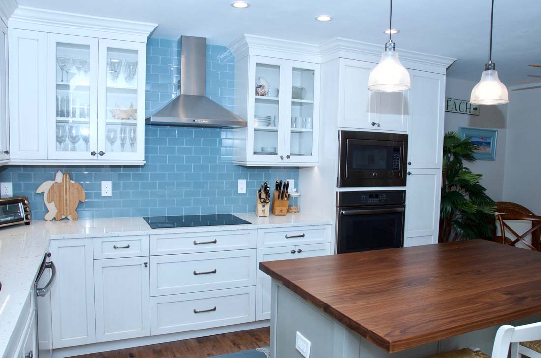 Custom design for kitchen cabinets in Palm Beach Gardens, FL